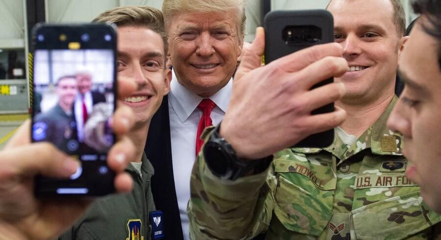 Mellem jul og nytår besøgte USAs præsident, Donald Trump, den amerikanske flybase i Ramstein i Tyskland. Ifølge amerikanske medier overvejer præsidenten nu at bede tyskerne om at betale for hele basen – og en ekstra præmie på 50 pct.