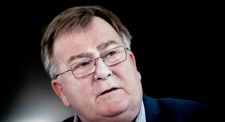 »Der kan jo være virksomheder, som er så vigtige for samfundet, at man ikke kan tåle, at de bliver sat ud af funktion«, siger forsvarsminister Claus Hjort Frederiksen (V):
