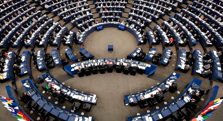 Europaparlamentarikere vil have styrket EUs enhed, der bekæmper propaganda og falske nyheder.