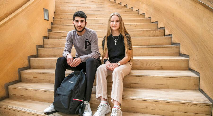 17-årige Ali Alshamy og 16-årige Monique Ekstrøm er begge blevet del af den omstridte fortælling om undervisningsminister Merete Riisagers besøg på Ørestad Gymnasium. Et besøg, der blev afbrudt før tid efter en omdiskuteret episode.