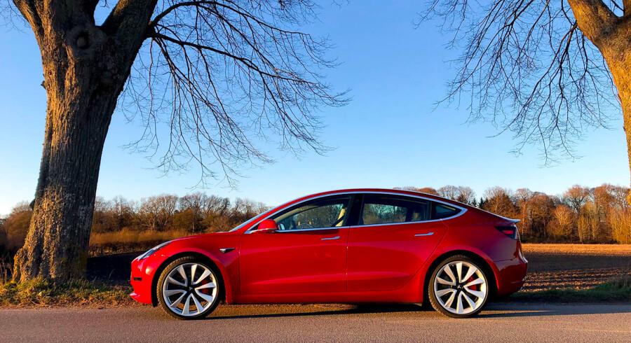 Tesla Model 3 er den første bil fra Tesla uden åbenlyse skavanker og til en pris (fra 440.000 kr.), der gør den alment interessant for danske bilkøbere.