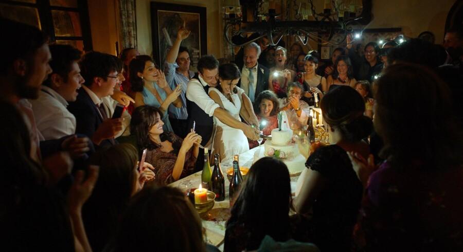 Den centrale bryllupsscene i »Alle ved det«.