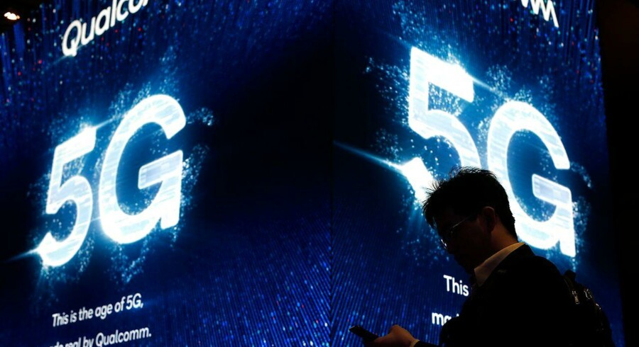 Amerikanerne advarerer briterne mod Huaweis 5G-net (Photo by Pau Barrena / AFP)