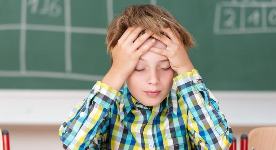 Forældreansvar savnes. Det kan ikke passe, at forældre afleverer deres børn trætte, sultne og småsløje i skolen, og derved lægger ansvaret for børnenes trivsel hos lærere og pædagoger, mener folkeskolelærer Mette Visti Larsen.