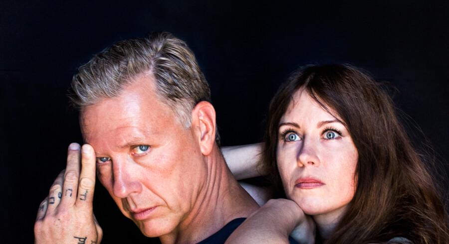 Mikael Persbrandt og Anna Odell kæmper forgæves med sig selv og hinanden i retningsløst filmisk eksperiment.