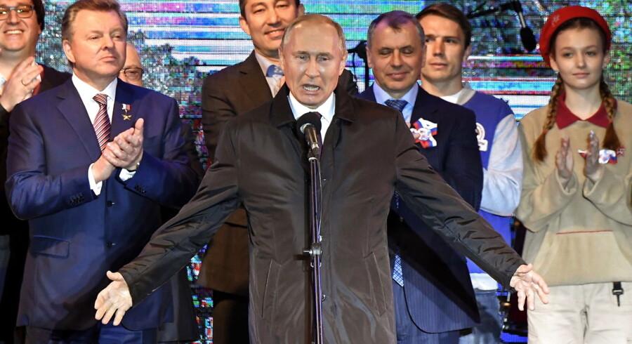Signalet, Ruslands annektering af Krim sendte, var, at Moskva blæser på al international lov og ret. Aftaler og konventioner er en by i Sibirien, og dem, der siger noget andet, kan selv komme til Sibirien.