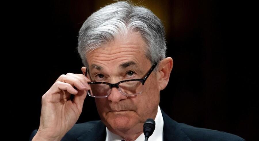 Den amerikanske centralbankchef skal holde en hårfin balance mellem at signalere pause i pengepolitikken, men fortsat optimisme om den økonomiske udvikling