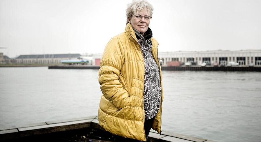 Formand for Jordemoderforeningen, Lilian Bondo, er begyndte at tvivle på sine egne argumenter mod rugemødre.