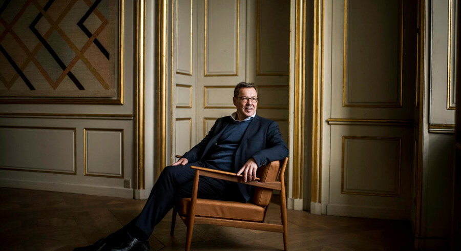 Hele verden higer efter Scandicool interiør og dansk design, men flere af de største møbelarkitekter fra Danish Moderns guldalder er gået i glemmebogen. Det ændrer Nils Knudsen CEO for Magnus Olesen på.