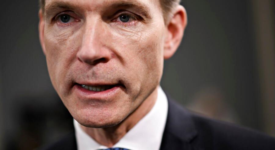 Kristian Thulesen Dahl (DF) oplever en nedgang i meningsmålingerne, som nærmer sig en halvering siden sidste valg.