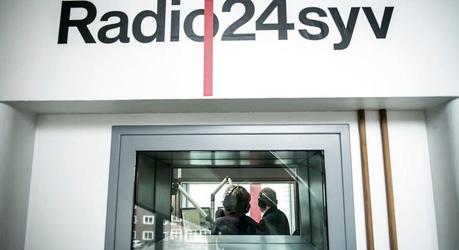 »Jeg glæder mig til at få en taleradio, der tager sit udgangspunkt i hverdagen, som den opleves uden for København,« skriver Bjarke Larsen om lukningen af Radio24syv.