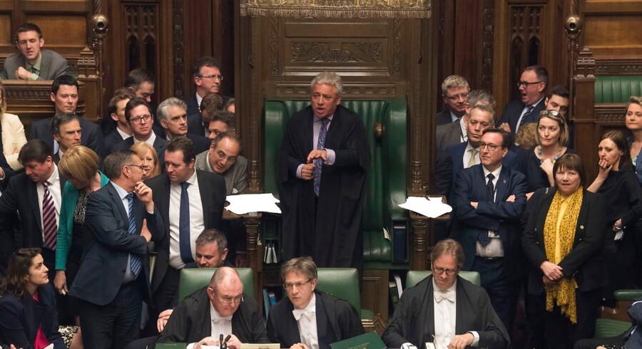 Parlamentsformand John Bercow var helt i sit element onsdag aften - han fik lejlighed til at råbe »order« flere gange og højere end ellers og styre de til tider tumultagtige forhandlinger til en sen konklusion