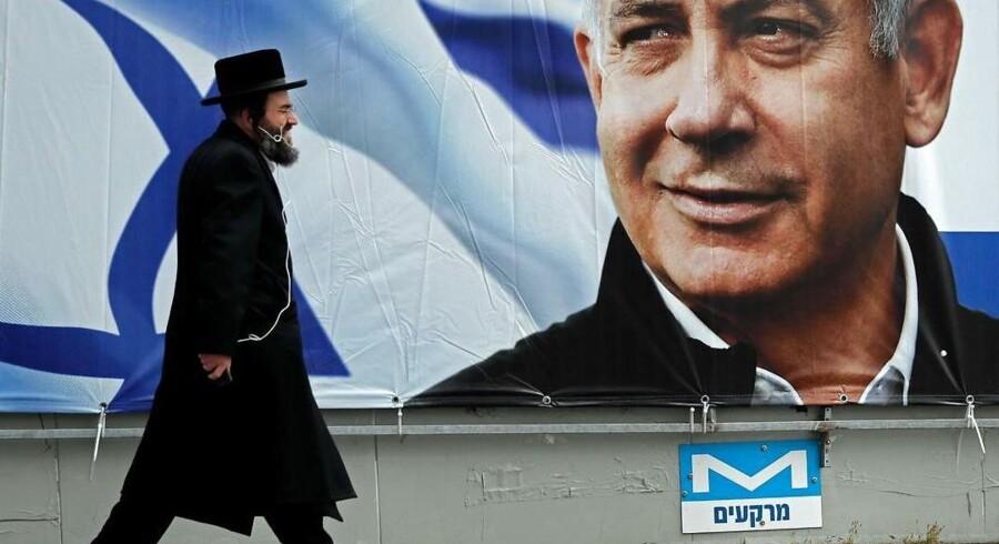 Israels premierminister, Benjamin Netanyahu, siger, at han annektere bosættelser på den besatte Vestbred, hvis han bliver genvalgt. »Jeg vil udvide Israels suverænitet,« sagde han i et TV-interview lørdag.