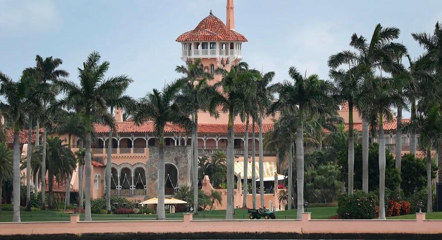 Den kinesiske kvinde sidder stadig fængslet, efter at hun snød sig til adgang til Mar-a-Lago-komplekset i Florida.