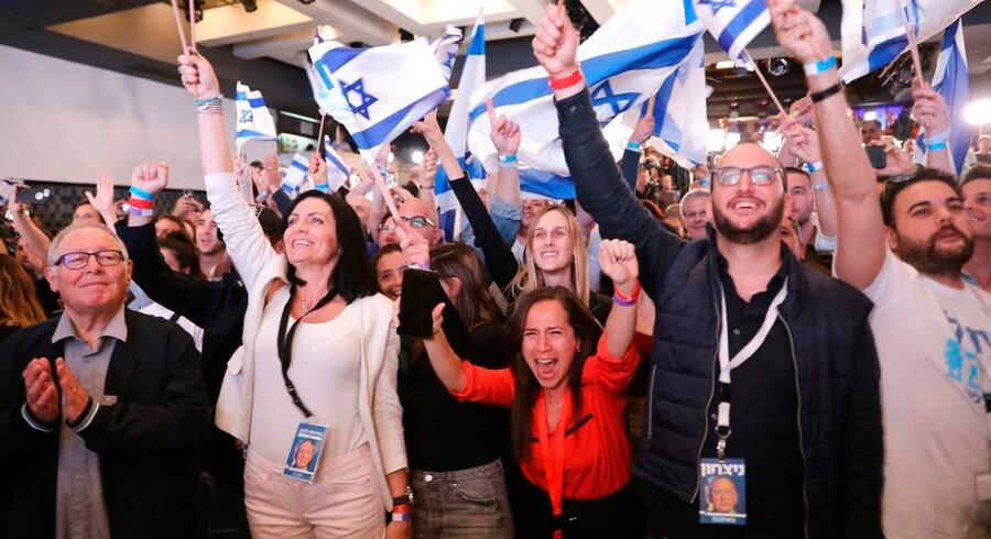 Israelske vælgere i Tel Aviv.