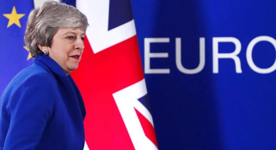 »Der er god grund til at bruge de forlængede Brexit-forhandlinger, ikke bare i Storbritannien, men også i Danmark, til at tjekke vore demokratiske processer. (...) Hvis vi skal være demokratisk bedre sikret i de kommende år, skal mange dele af vore processer og institutioner, der værner os mod fup, opgraderes,« skriver Stine Bosse.