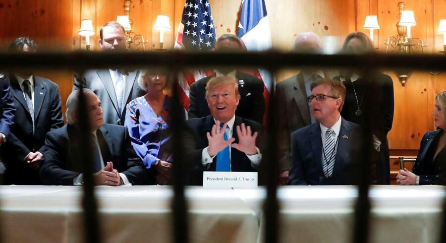 Præsident Donald Trump bryder også med almindelig konvention i den økonomiske politik. Trump forsøger at styre priserne på en lang række områder for at fremme et genvalg i 2020.