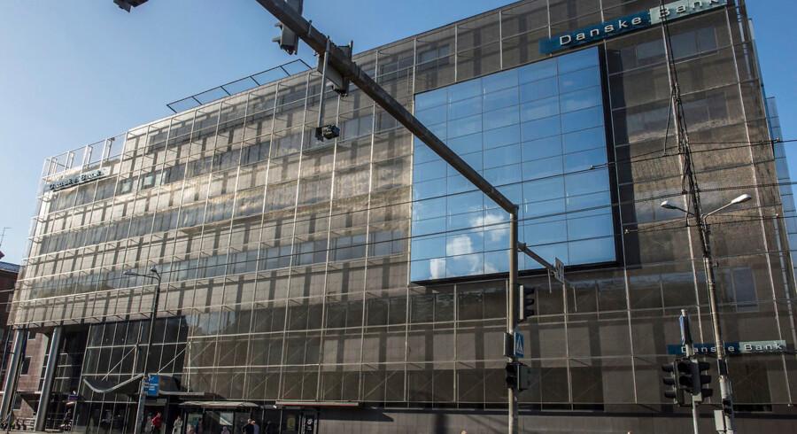 Mistænkelige milliarder fossede i årevis gennem Danske Banks estiske filial, mens storbankens revisor Ernst og Young blåstemplede regnskaberne.