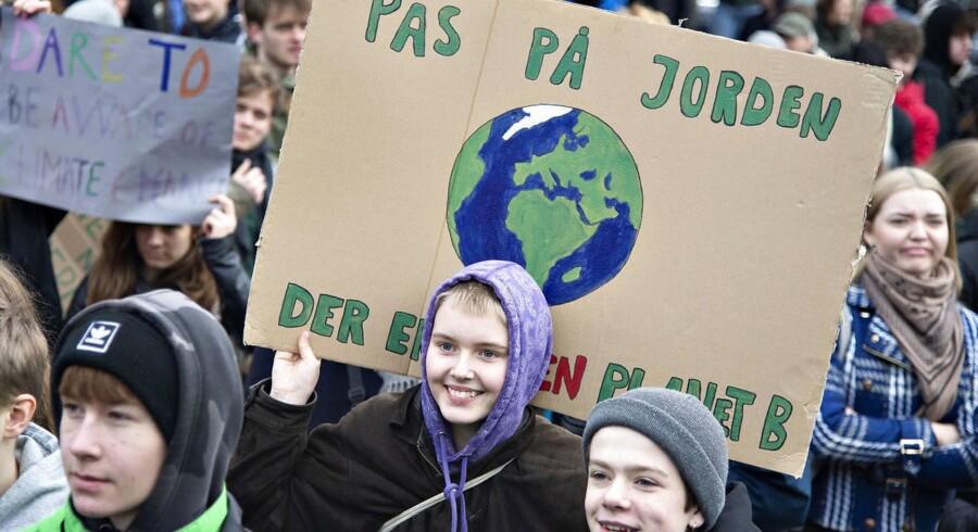 »Vi er det eneste parti i blå blok, der har præsenteret en klimalov, hvor bindende CO2-budgetter skal sikre en mindre klimabelastning.« Foto fra klimademonstration i Aarhus, Henning Bagger/Ritzau Scanpix.