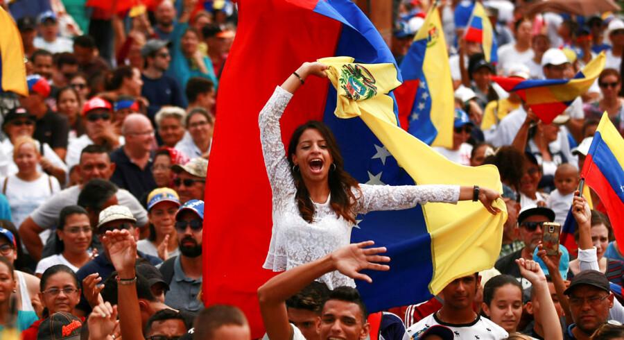 »De lande, som har forsøgt sig med vidtrækkende planøkonomi, har faktisk oplevet ikke alene trældom, men også ringe økonomiske resultater. Seneste vidnesbyrd er Venezuela.«
