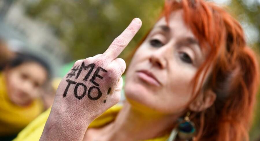 Kun #MeToo-kampagnen vurderer danskerne som alvorligt, når man beder dem give karakterer til en række »krænkelsessager«. Billedet er fra en demonstration for kvinders rettigheder på Place de la République i Paris.