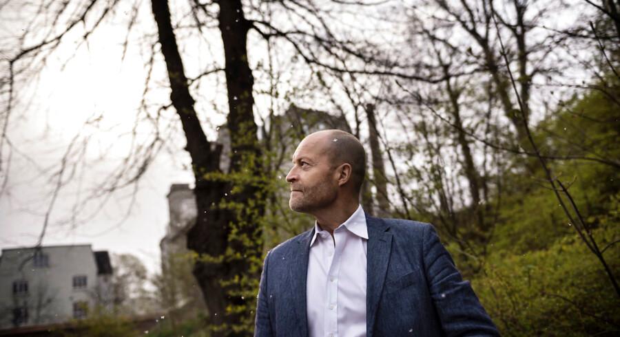 Kim Ulf Rehfeld Thoden er dansk serieiværksætter, der har etableret en række virksomheder i Storbritannien. Nu er han vendt hjem til Danmark, hvor han sammen med iværksætteren Toke Kruse har stiftet Moneyflow.