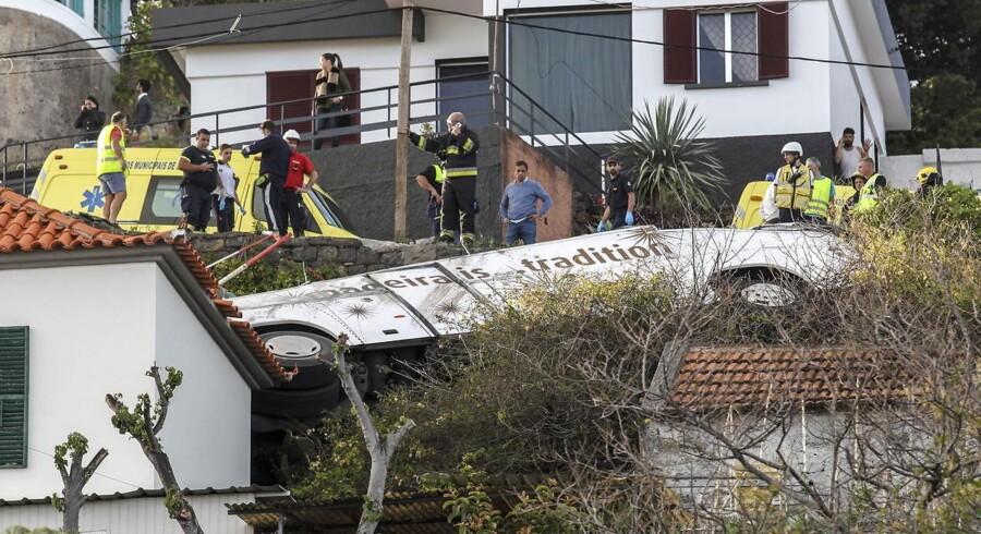 En turistbus er forulykket på den portugisiske ø Madeira. Mindst 29 personer omkommet.