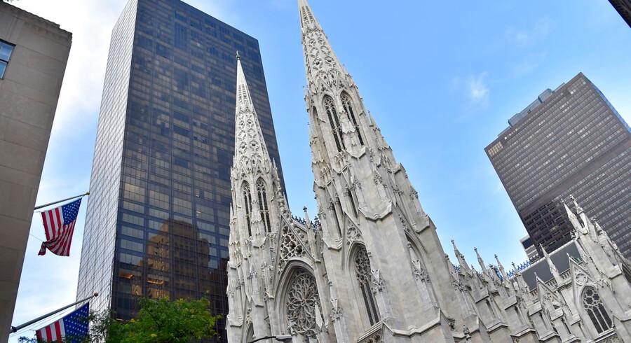 St. Patrick's Cathedral blev bygget i 1878 og er i dag et kendt landmærke i New York City.