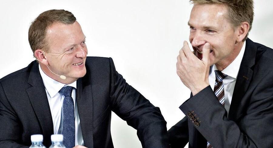 »Det største problem er og bliver Venstre. Det største parti i regeringen og lederen af det borgerlige Danmark slår sig ikke på at vise borgerligt lederskab, men går målrettet efter - igen - at være Danmarks bedste socialdemokrater. Det er ikke Dansk Folkeparti, der er de borgerliges største problem. Næh nej, der må vi altså pege på os selv.«