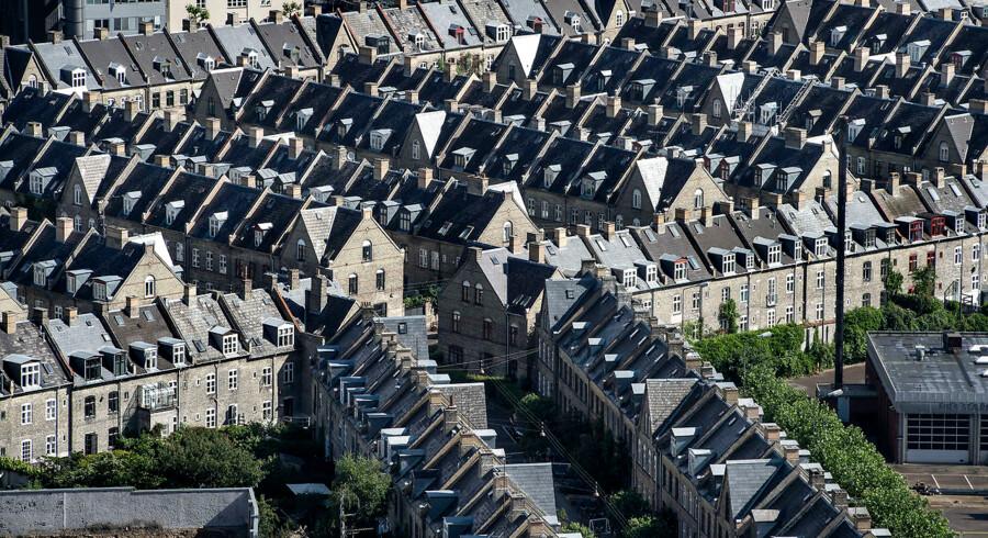 Berlingske har bedt Totalkredit beregne, om det indtil videre har været bedst at kurssikre eller ej for de tusinder af boligejere, der er sprunget med på konverteringsbølgen i denne omgang.