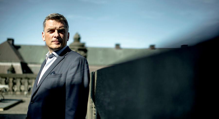 Portræt af politiker Jan E. Jørgensen (v). Fotograferet på Christiansborg.