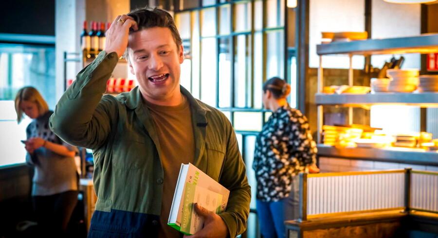 Selskabet bag restaurantkæden Jamie's Italian samt restauranterne Barbecoa og Fifteen – som var Jamie Olivers første – er tirsdag blevet sat under administration.