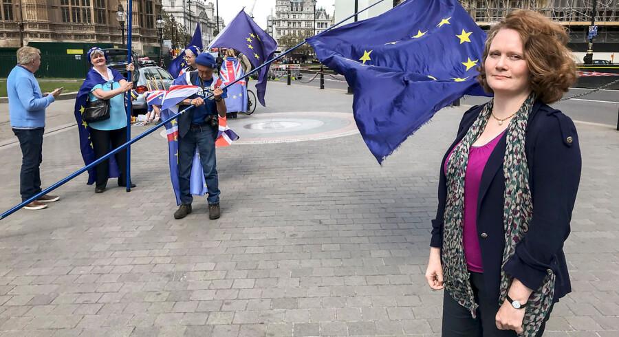 Ilse Mogensen fra bevægelsen »The3million« mener ikke, at de britiske myndigheder lever op til deres ansvar for at hjælpe EU-borgere til at stemme ved europaparlamentsvalget.