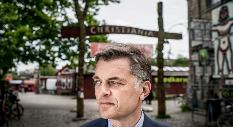 Jan E. Jørgensen fotograferet på Christiania i København. Venstre-politikeren vil have fri hash og aktiv dødshjælp: »Det er det rigtige at gøre.«