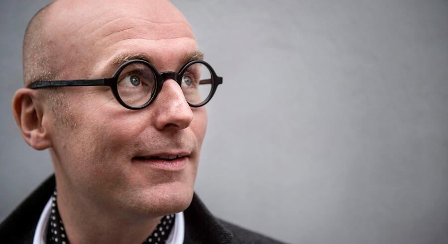 Chris Pedersen er TV-vært og modejournalist.