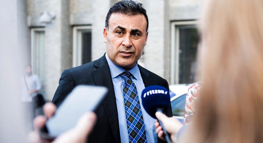 Udenrigsordfører Naser Khader (K) ønsker EUs udenrigsministerium nedlagt: »Det kommer alligevel aldrig til at fungere,« siger han.