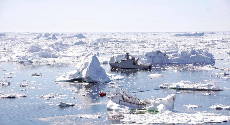 Eksperter frygter russisk enegang i Arktis. Det danske kongerige og Rusland kan begge ende med at få ret til havbunden omkring Nordpolen. Men måske Rusland får retten ti år på forkant, og vil Rusland i så fald dele?