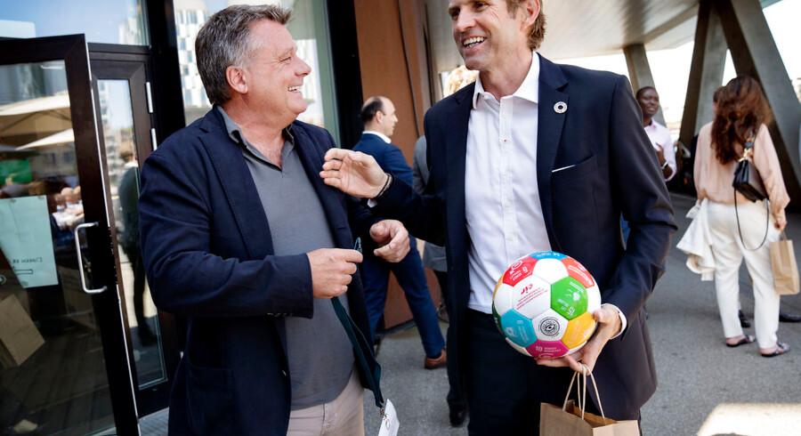 Over 600 danske og udenlandske virksomhedsledere mødtes torsdag til årets udgave af VL Døgnet i FN Byen i København. Blandt dem var Peter Warnøe, serieiværksætter og direktør for venturefonden Nordic Eye (tv.) og Jimmy Maymann, bestyrelsesformand for TV 2 og tidligere adm. direktør for The Huffington Post.