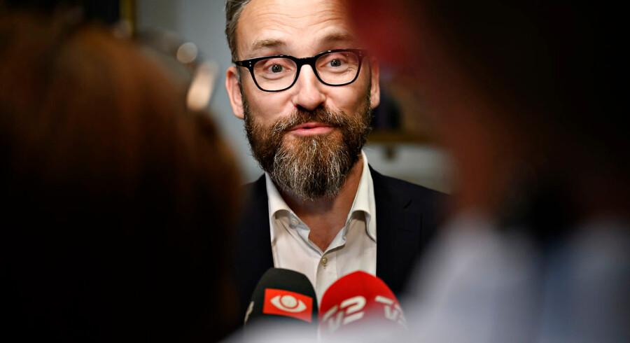 »Gør op med alt, Ole Birk Olesen har stået for. Holdningen om, at kun selvkørende biler og intet andet er fremtiden, har været ødelæggende for udviklingen i Danmark,« skriver Morten Kabell.