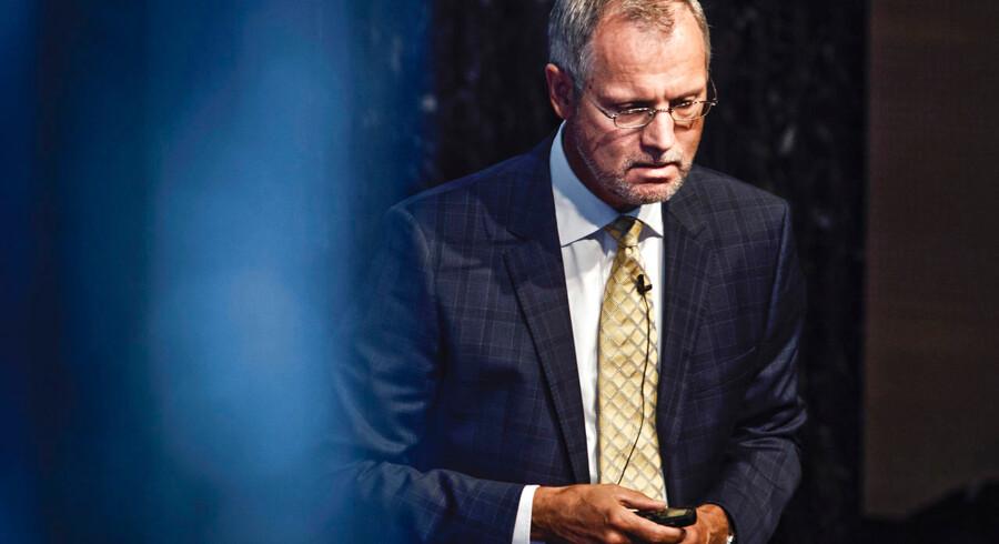 Henrik Ramlau-Hansen var i en årrække økonomidirektør for Danske Bank, inden han i 2016 blev formand for Finanstilsynet og lektor på Copenhagen Business School. Sidstnævnte har nu fritaget den tidligere Danske Bank-chef for undervisning grundet hvidvasksagen.