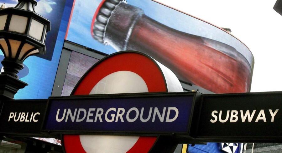 Briterne kan kontakte The Advertising Standards Authority, hvis de ser en reklame, der bryder de nye regler.