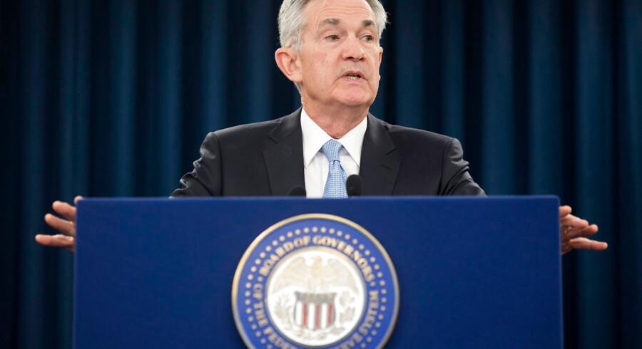 Markedsdeltagerne blev torsdag eftermiddag præsenteret for en skuffende udvikling i erhvervslivets aktivitetsindeks fra Federal Reserve Bank of Philadelphia, som viste et fald til 0,3 i juni fra 16,6 måneden før. Økonomerne havde ifølge et estimat indsamlet af Bloomberg ventet et indeks på 10,4.