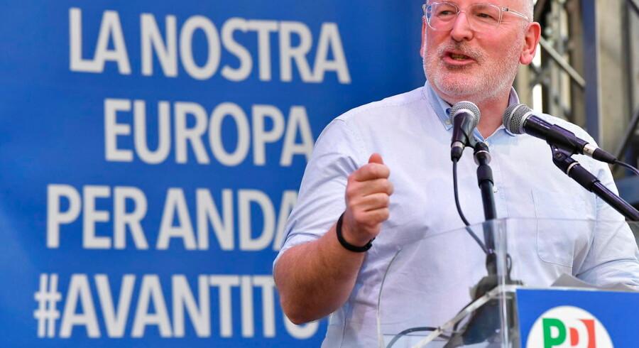 Som socialdemokrat støtter Sanchez i udgangspunktet Frans Timmermans. Han er første næstformand i den nuværende EU-Kommission.