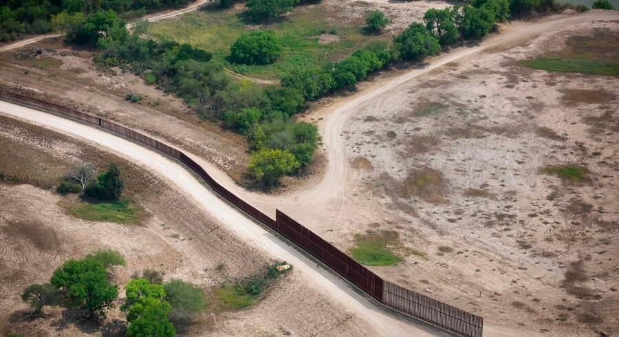 Når det bliver sommer, stiger antallet af migrantfamilier, der forsøger at krydse grænsen til USA.