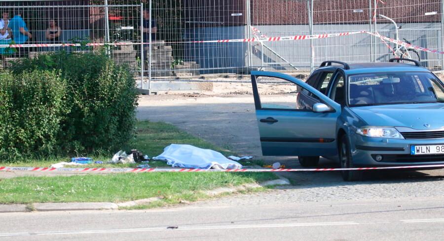 To personer blev 25. juni dræbt ved højlys dag i Sennepshaven i Herlev. En tredje person i bilen slap uskadt.