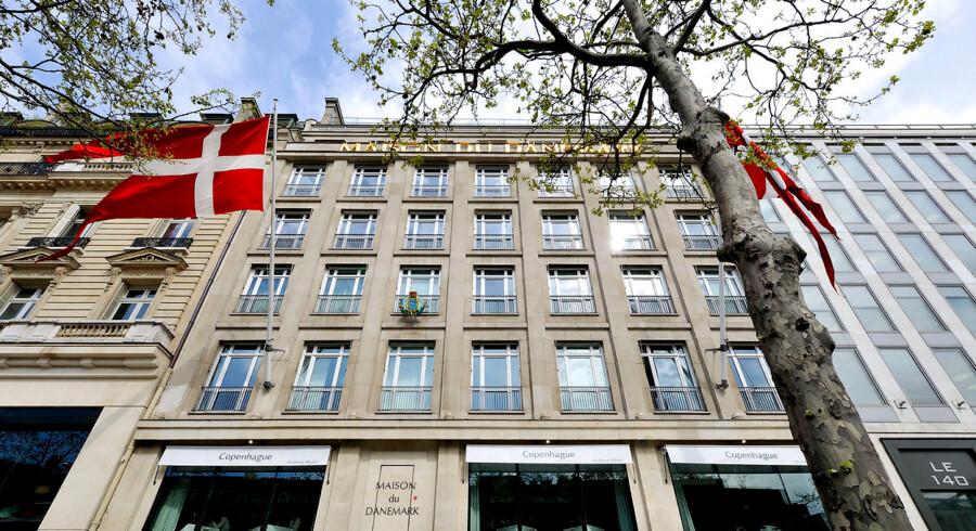 Onsdag aften udbrød der brand i Det Danske Hus i Paris. Adskillige udrykningstøjer måtte tilkaldes.