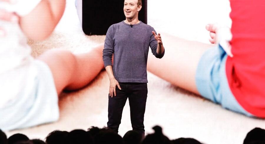 Mark Zuckerberg opfordrer til mere statslig regulering. Det er ikke en opgave for en virksomhed alene, sagde Facebook-chefen i denne uge. (Photo by Amy Osborne / AFP)