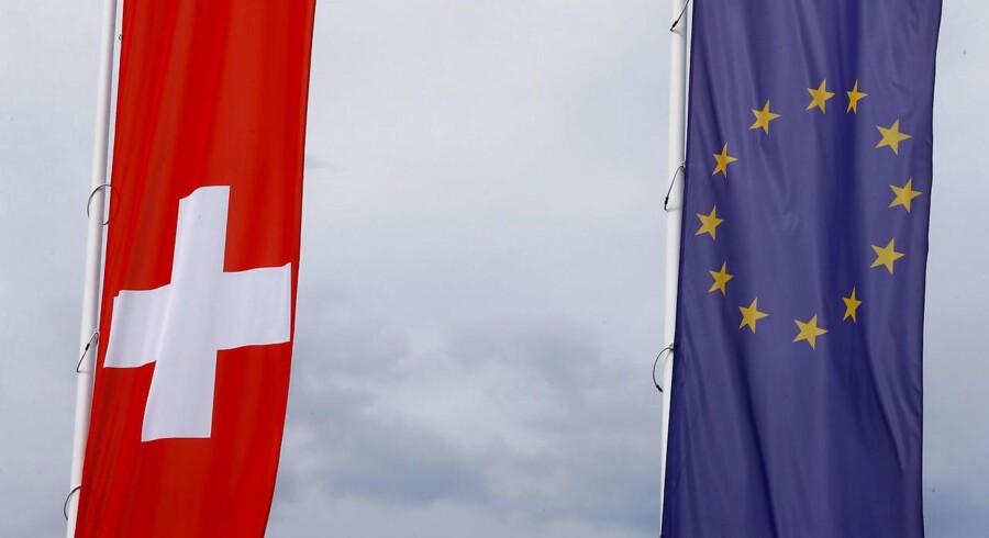 Der er kold luft mellem EU og Schweiz, hvor de økonomiske bånd er styret af en lang række bilaterale aftaler. Brexit har bidraget til en hård kurs fra EUs side.
