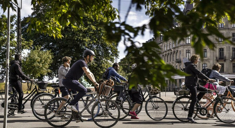 Trængsel på cykelstierne, varme og solskin er nogle af årsagerne til, at der sidste år var en stor stigning i antallet af ulykker i den københavnske trafik sammenlignet med året før.
