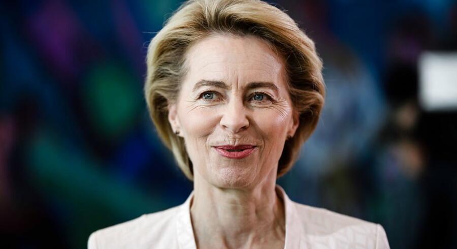 »Det er glædeligt, at netop von der Leyen i onsdags på eget initiativ udtrykte nødvendigheden af en ny og forbedret model til fremtidens europæiske demokrati,« skriver Pernille Weis efter valget af Ursula von der Leyen som ny formand for Europa-Kommissionen.